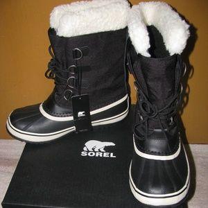 SOREL WOMEN'S WINTER CARNIVAL BOOT - Size 9 -BLACK
